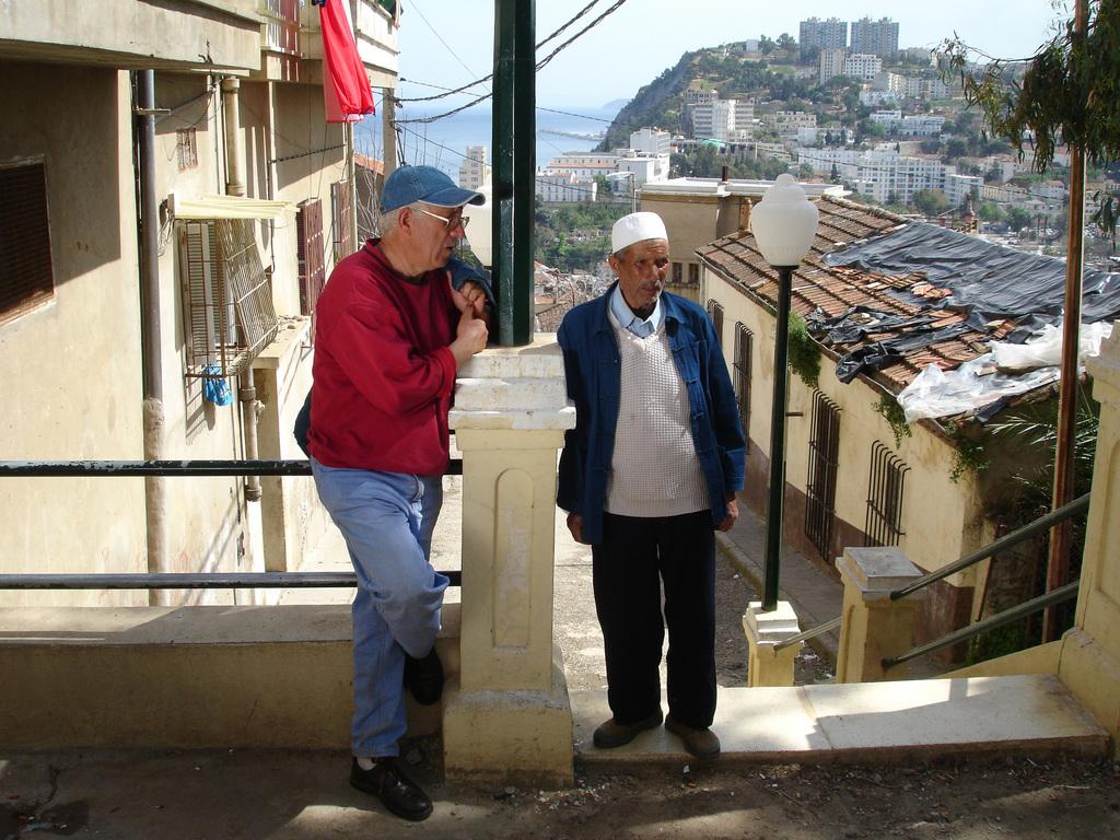 Aziz Mouats et Laroum - Skikda