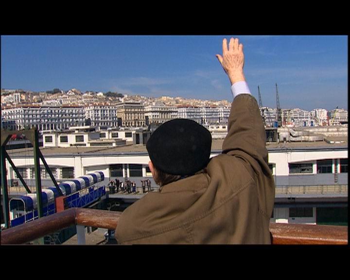 Arrivée Alleg (dos) à Alger