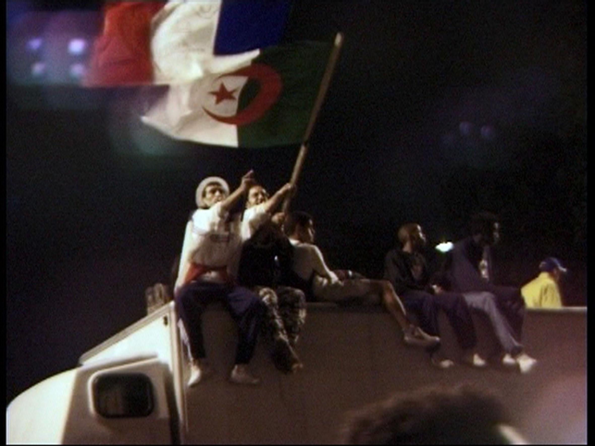 Drapeaux - Algéries, mes Fantômes