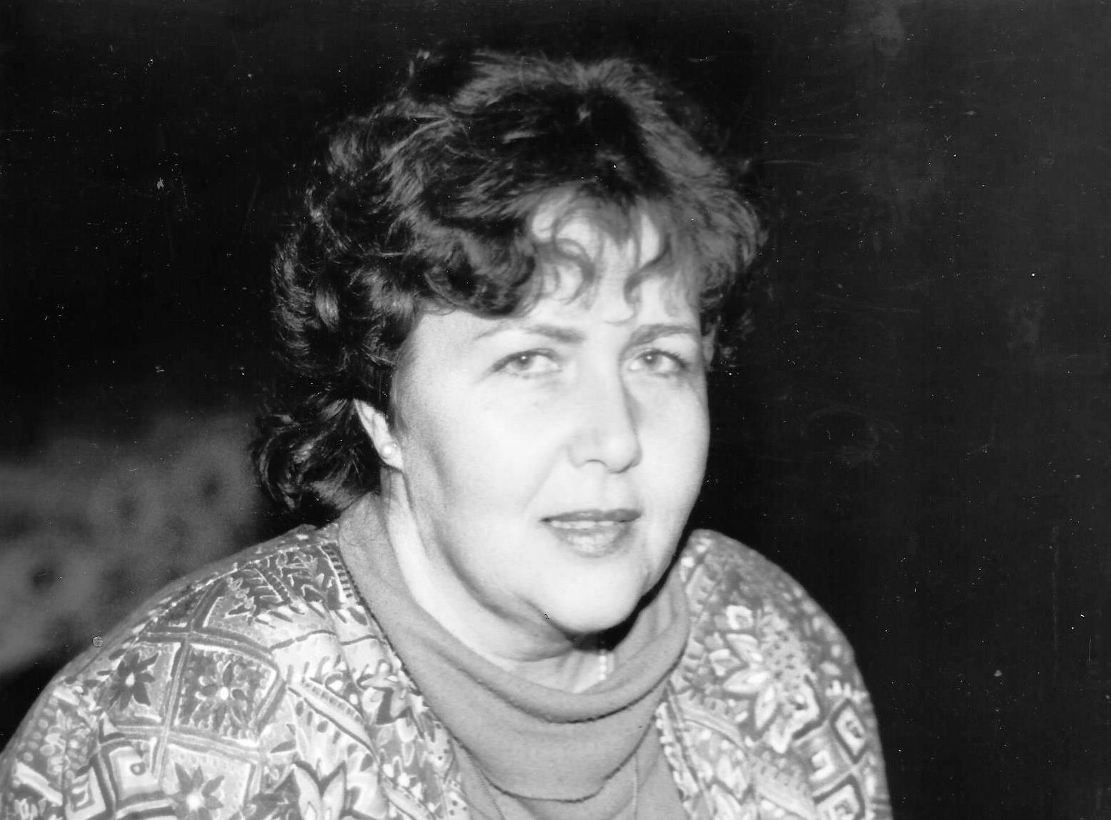 Liliane-Hachemi,-Costumes,-Préparation-LUMIERES;-début-1988
